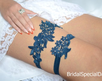 Wedding Garter Set, Unique Bridal Garter, Teal Blue Garter, Lace Bridal Garter, Pearls Bridal Garters,  Handmade Garter, Something Blue,Toss