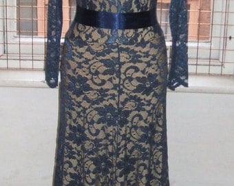 Baylis & Knight  Blue Nude LACE Princess Kate Middleton Long Sleeve MAXI  Flared Skirt Low Cut Ball Gown