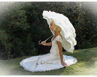 Wedding Parasol Bridal Umbrella with Multi Layers of Gorgeous Fabric 1pc in Cream