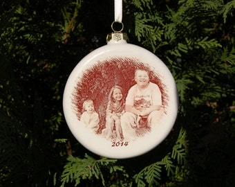 Photo Ornament, 4 inch Round Ornament with YOUR photo or artwork Fired On, Custom Photo Ornament, Christmas Photo ornament, picture ornament