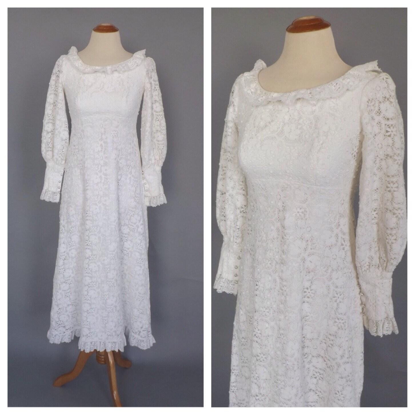 Vintage 1960s 70s Lace Wedding dress cotton Crochet lace Long
