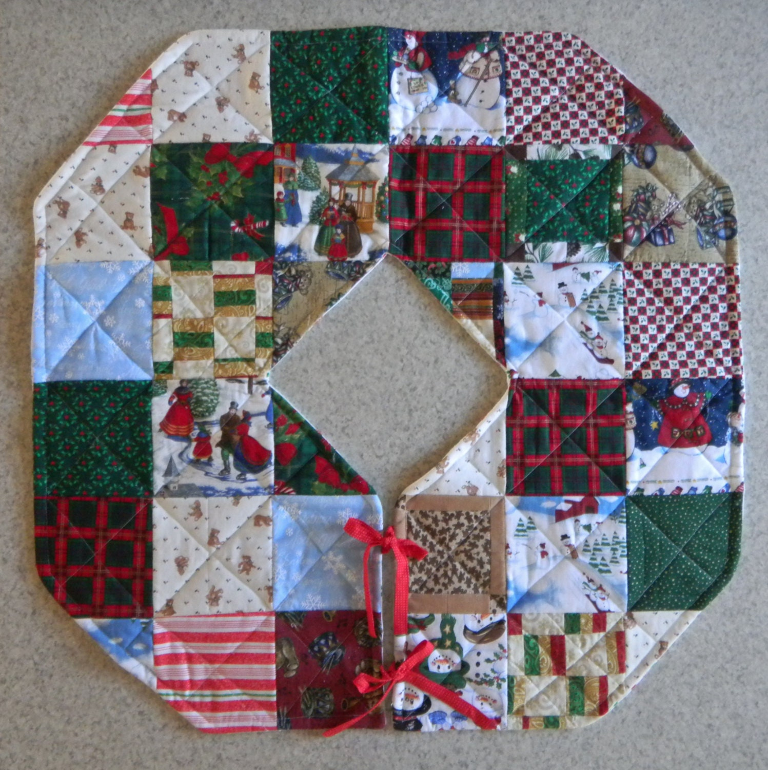 Quilted christmas tree skirt by codysquilts on etsy