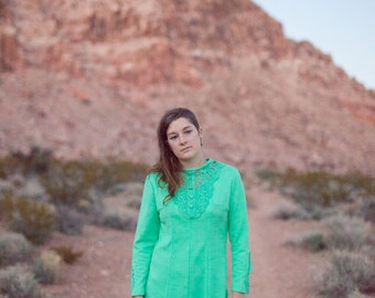 Mint Green Vintage Maxi Dress - size M - long hippie mod, bohemian, eccentric dress