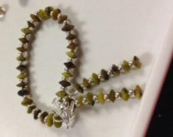 Jade Green bracelet and earrings set.