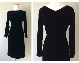 Vintage 1950s Little Black Dress Velvet Wiggle Skirt Pin Up Long Sleeve Slim Bombshell Rockabilly Gothic Wedding Dress Size XS Small Medium