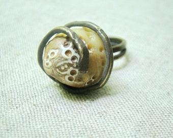 Agate ring , brass ring, unique agate ring, beige ring, jemstone ring