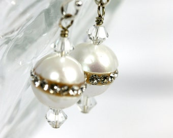 Pearl earrings encrusted with Swarovski crystals, Pearl earrings, White pearls, Wedding jewelry, Wedding earrings
