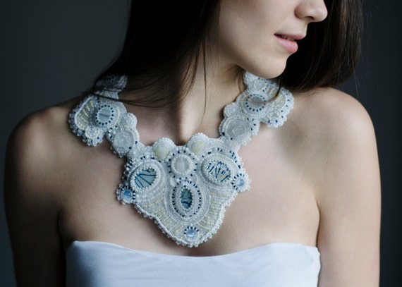 Necklace weddings - chunky mixed gemstone necklace -white statement bridal jewelry - large cat eyes collar -massive big weddings jewelries