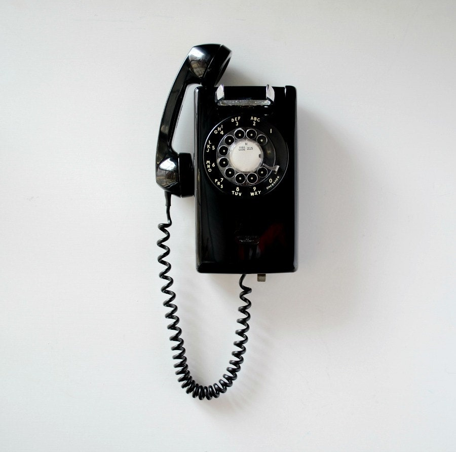 Vintage black rotary phone rotary dial wall mount telephone for Telephone mural 1970