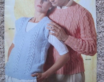 Knit Pattern Book - #552 by Bernat - 3 Sweaters to create - Small, Medium, Large, XLarge - Vintage 1985