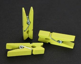 "1-3/8"" Citrus (Yellow/Green) Wood Clothespin - 20 Quantity"