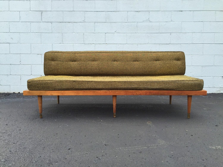 Vintage mid century danish modern platform daybed sofa c1960 for Mid century daybed sofa