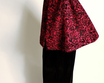 Gothic wool cape red and black