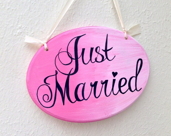 Just Married Sign, Ring Bearer Sign, Pink and White Wedding Sign, Unique Wedding Gift, Mr and Mrs Sign