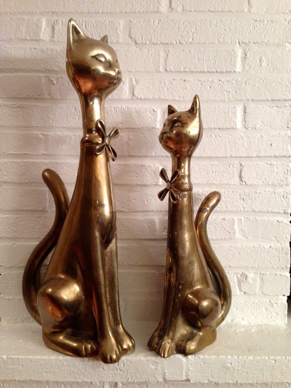 Pair of Vintage Siamese cats with bow tie