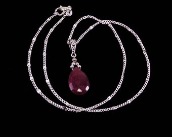 Ruby Pendant Necklace/ red/ Ruby/ Genuine ruby necklace/ July birthstone necklace/ gemstone pendant / pendant/ 925 Sterling Silver/ necklace