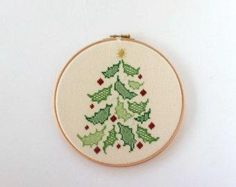 Christmas Ornament Embroidery Hoop Cross Stitch  Christmas Decor Art Christmas Tree Happy Holidays & Merry Christmas Wall Hanging Hoop Art
