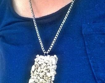 Rocky Gold Pendant Necklace