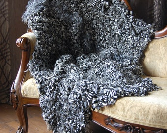 sale knitted throw blanket chunky knitted throw by mibellacasa. Black Bedroom Furniture Sets. Home Design Ideas