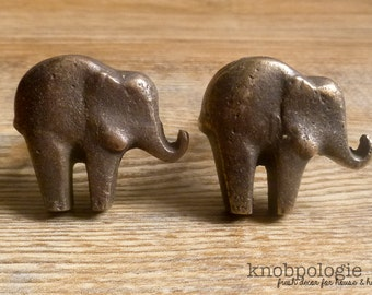 Set of 2 - Antique Bronze or Custom Color Cast Iron Elephant Knob - Baby Elephant Drawer Pull - Zoo Animal Theme - Nursery decor