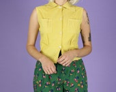 Yellow Sleeveless Collare...