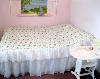 Vintage Bedspread, Double Bed, Seventies, Two Tiered Lace Bedspread, Embroidered, Cottage Charm, French Country