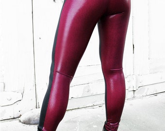 BLACK WIDOW leggings in metallic spandex