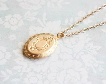 Gold Locket Necklace Oval Keepsake Locket Pendant Photo Locket Long Chain Necklace Memories Mementos Mothers Day Gift Bridesmaids Gift