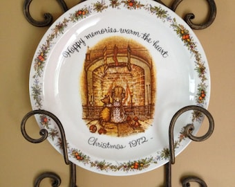 1972 Hollie Hobbie Christmas Plate Commemorative Edition