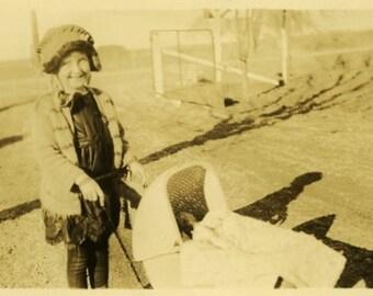 "Vintage Photo ""Playtime on the Farm"" Snapshot Antique Photo Old Black & White Photograph Found Paper Ephemera Vernacular - 94"