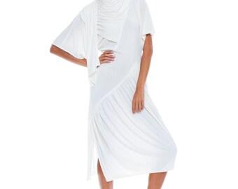1970s Vintage Swanky Layered White Halston Dress  Size: S/M/L