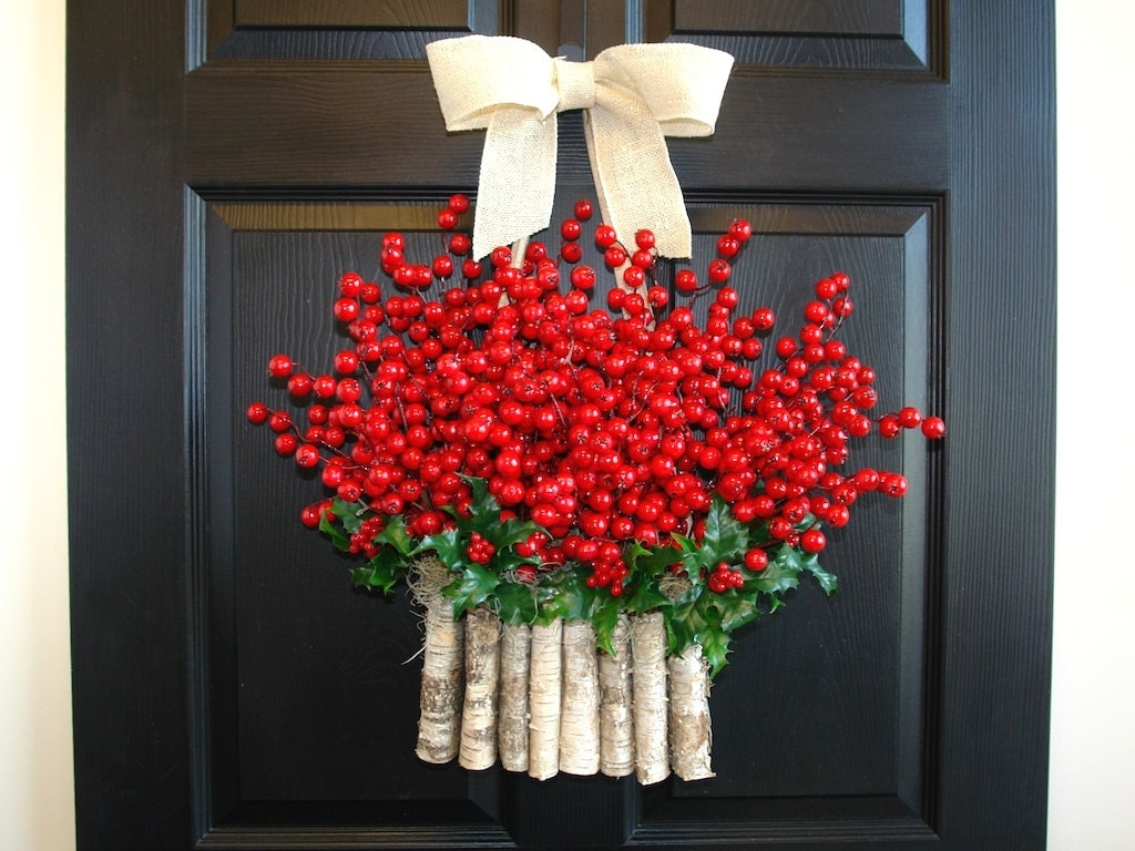 Christmas Wreaths Holiday Red Berry Wreaths Seasons Greetings