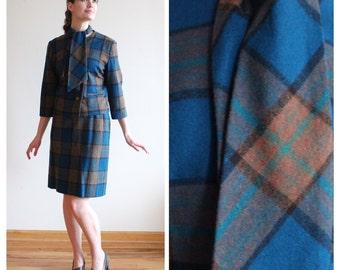 1960s Plaid Wool Suit * 1960s vintage suit * Size 6 - 8