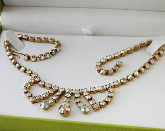 Beautiful Vintage 1940's 1950's Rainbow Rhinestone Crystal Necklace 40's 50's Retro in Pretty Gift Box Old Hollywood Glamour Marilyn Monroe