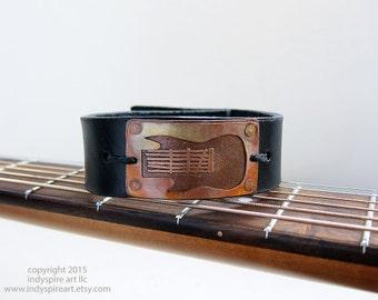 Guitar Bracelet: Electric Guitar on Mens Bracelet.