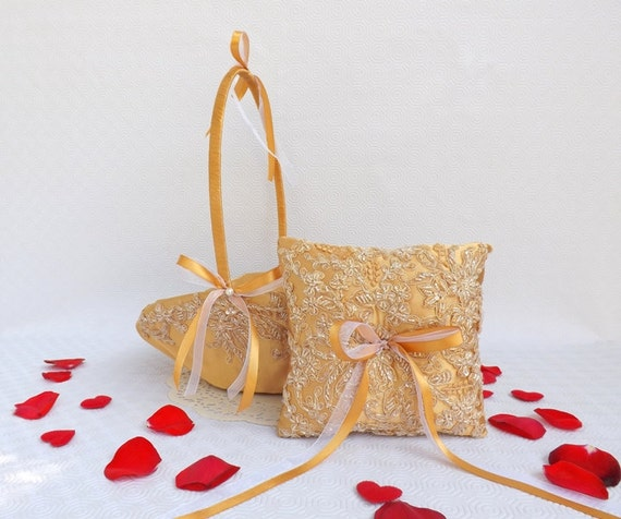 Gold wedding ring bearer and flower girl basket set decorated with embroidered floral lace. Gold Wedding Set.