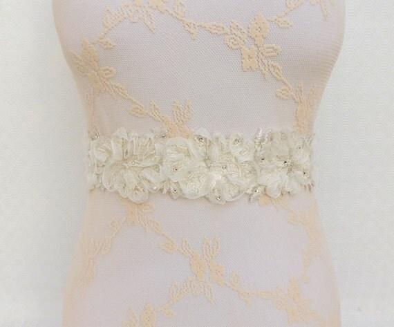 Ivory Sash Belt. Floral lace sash Swarovski crystals sash. Bridal sash belt.