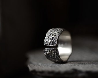 OXYDE - dark silver band, rich texture ring: Wabisabi inspired, statement ring
