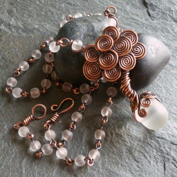 TUTORIAL - Little Celtic Tree Necklace - Wire Jewelry Lesson ...