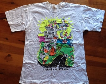 VINTAGE 80's TOURIST TSHIRT