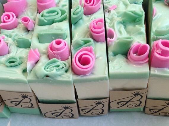MUM'S GARDEN Artisan Shea Butter Soap Bar