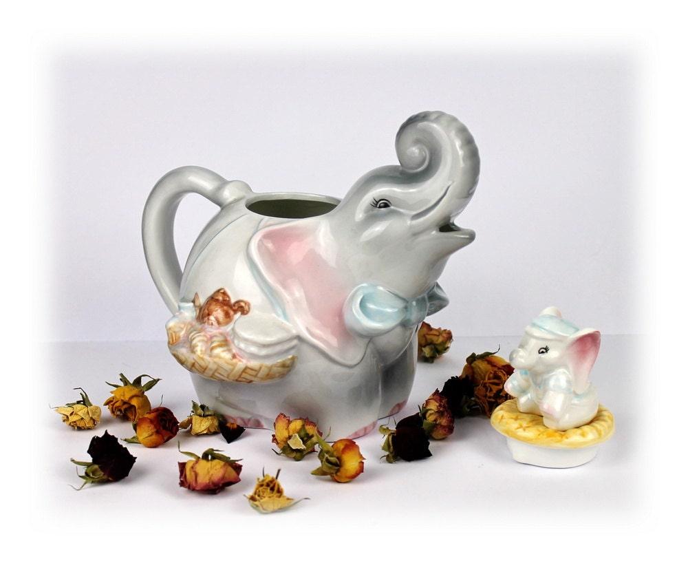 Vintage large elephant teapot collectible by antiqueboutiqueideas - Elephant shaped teapot ...