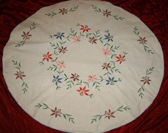 Large Hungarian Hand Embroidered Floral Oval Tablecloth from the 70s