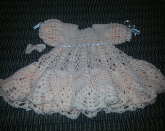 crochet baby/toddler dress with bow peach