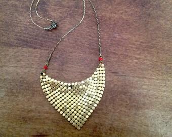 Red Thérèse, coat of mail gold metal