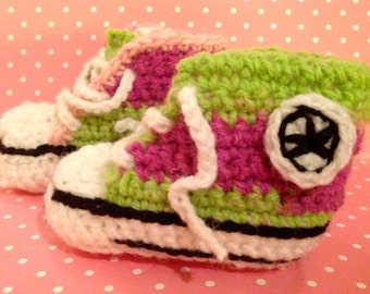 Lovely Converse Style Crochet Baby Boots
