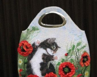 """Handbag """"Playful kitten"""" + felted brooch"""