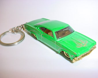 3D 1965 Chevrolet Impala custom keychain by Brian Thornton keyring key chain finished in green and gold trim