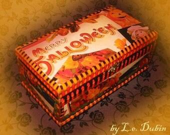 MERRY HALLOWEEN Keepsake Box by L.e. Dubin