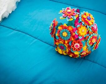 Wedding Felt Button Bouquet / Bridal Bouquet / Birthday bouquet / Floral Present / Handmade Present / Felt Flower Bouquet